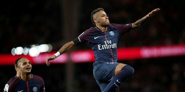Transféré l'an dernier du FC Barcelone au PSG pour 222 millions d'euros, la star brésilienne Neymar est l'un des atouts sur lequel la LFP compte pour faire grimper le prix des droits TV.