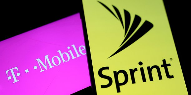 T-mobile us rachete sprint par echange d'actions[reuters.com]