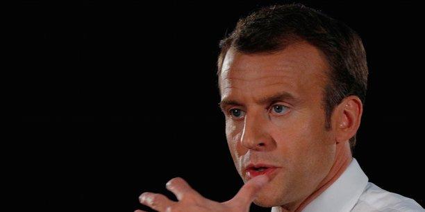 Le message que je veux envoyer aux investisseurs étrangers est que nous baissons l'impôt sur les sociétés, que nous simplifions tout, assure dans son entretien à Forbes Emmanuel Macron, qui justifie son choix par le faible rendement de cette'exit tax.