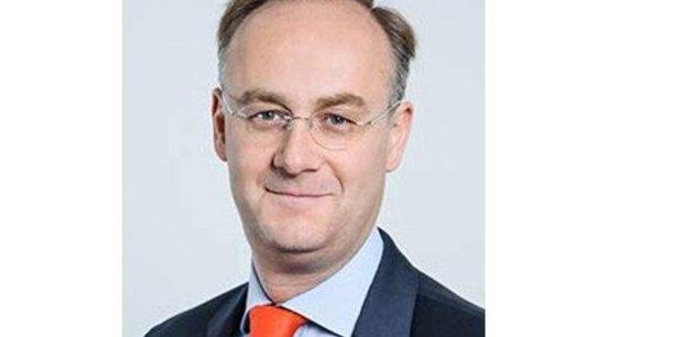Paul de Leusse était le directeur d'Indosuez Wealth Management, la banque privée de la Banque verte. Il rejoint le comité exécutif d'Orange.