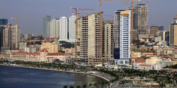 Vue de Luanda, la capitale angolaise, qui connait une expansion urbanistique fulgurante.