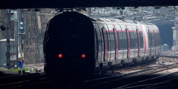 Dans le détail, un TGV et un Transilien sur trois circuleront. Un TER sur trois sera également en service, ainsi qu'un train Intercités sur cinq. Sur les lignes internationales, deux trains sur cinq seront assurés.