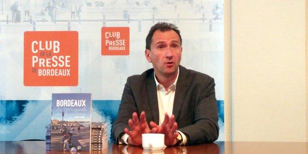 Vincent Feltesse a présenté, mercredi 16 mai 2018, un ouvrage collectif réalisé par son association Bordeaux, la métropole des quartiers (Mobilibook, 15 €) pour nourrir le débat public en vue de l'élection municipale de 2020.