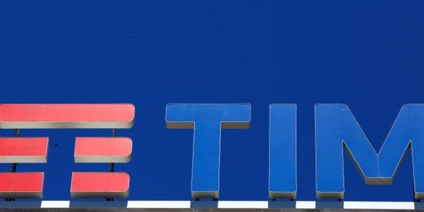 Telecom italia dit que la direction de vivendi a pris fin[reuters.com]