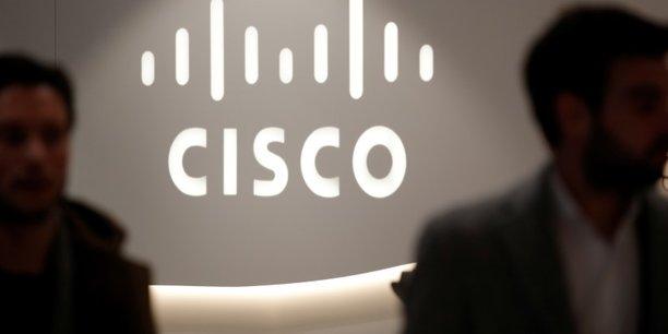 Cisco decoit avec ses previsions[reuters.com]