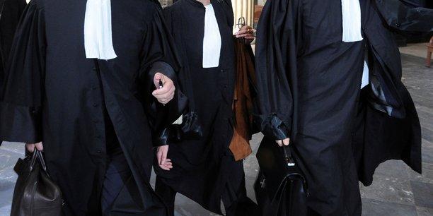 L'ami de l'auteur de l'attentat de paris defere devant un juge[reuters.com]
