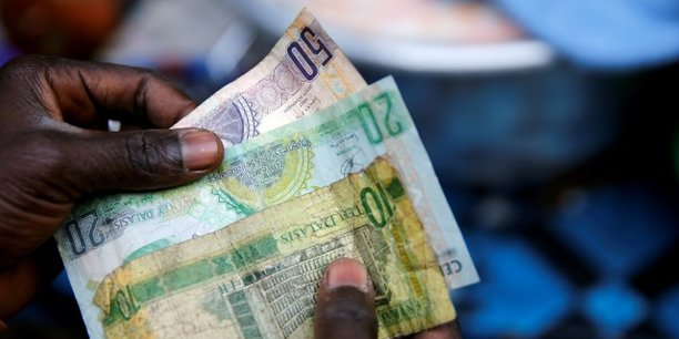 Les bailleurs de fonds internationaux ont promis de verser 1,45 milliard d'euros d'aide à la Gambie pour appuyer la transition démocratique du pays.