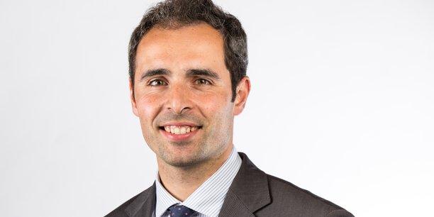 Rémi Martial, professeur d'économie, maire de Lèves et vice-président de Chartres Métropole en charge du Numérique.