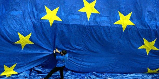 La proposition de révision de la Commission européenne de la directive européenne Solvabilité 2 pourrait libérer 90 milliards de fonds propres à court terme dans l'assurance et 30 milliards à plus long terme.