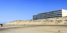Le bord de la dune qui sépare Le Signal de la plage et de l'océan recule de trois à quatre mètres par an.