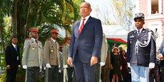 Le Premier ministre malgache Christian Ntsay, lors de la cérémonie de prise de pouvoir avec son prédécesseur Olivier Mahafaly, le 6 juin 2018 à  in Antananarivo.