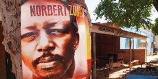 François Compaoré a été arrêté en novembre 2017 en France. Le Burkina Faso demande son extradition pour qu'il soit jugé dans l'affaire de Norbert Zongo, journaliste d'investigation assassiné le 13 décembre 1998.