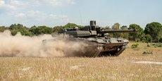 Moins de trois ans après avoir été créé, le groupe franco-allemand expose son premier produit commun très germanisé (trop?), le démonstrateur EMBT (Euro Main Battle Tank).