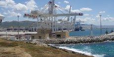 Avec quelque 51 millions de tonnes de marchandises traitées en 2017, le port de Tanger tourne à plein régime, quitte à frôler la saturation.