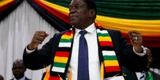 LE PRÉSIDENT ZIMBABWÉEN SAIN ET SAUF APRÈS UNE EXPLOSION