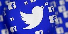 Les deux réseaux sociaux, Facebook et Twitter, disent vouloir améliorer la transparence de leurs services, notamment en matière de publicités politiques.