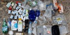 575.000 tonnes, cela reste insuffisant par rapport aux 3,6 millions de tonnes de plastique mises sur le marché chaque année en France, puisque 3 millions continueront d'être enfouies, incinérées, voire dispersées dans la nature, a souligné Brune Poirson.