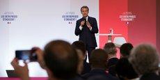 Emmanuel Macron a déclaré que, dès la rentrée prochaine, l'État allait rouvrir des centres avec des métiers très traditionnels, des métiers liés à la fibre, à l'industrie du futur. »