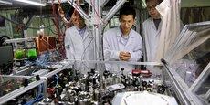 La Chine a annoncé le 3 mai 2017 que des chercheurs de Shanghai avaient mis au point le premier ordinateur quantique dépassant un ordinateur classique.