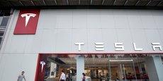Le groupe d'Elon Musk a par ailleurs dégagé une marge brute légèrement positive au deuxième trimestre pour le Model 3.