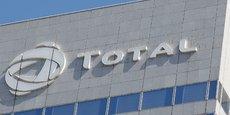 Total renonce au projet South Pars, qui apparaît comme le plus grand gisement gazier au monde, avec un investissement initial d'un milliard de dollars.
