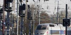 La SNCF et les régions espèrent réaliser des économies grâce à cette nouvelle mesure.