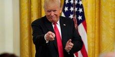 Dans cet entretien accordé à Reuters, Donald Trump dézingue en effet à tout-va : la Chine, la Turquie, l'Iran, mais aussi la Fed et la justice américaine, ou encore les réseaux sociaux.
