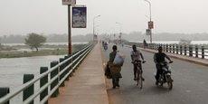 Sur le pont Kennedy à Niamey la capitale nigérienne, le 20 février 2016.