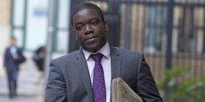 Kweku Adoboli avait été reconnu coupable de fraude et condamné à sept ans de prison, dont trois ans et demi ferme, par le tribunal londonien en novembre 2012. Il a effectué la moitié de sa peine avant d'être libéré en 2015.
