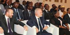 A gauche, Patrice Fondallosa, CEO de Veolia Afrique & Moyen Orient lors de la signature du partenariat stratégique avec PFO Africa Côte d'Ivoire, à Abidjan.