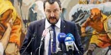 Matteo Salvini, le président du conseil italien, a déclaré ce vendredi que l'intérêt des Italiens passe avant les bureaucrates de l'Union européenne, après avoir présenté son objectif d'un déficit à 2,4% du PIB sur les trois ans à venir, trois fois plus que la trajectoire fixée par le précédent exécutif.