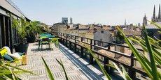 A deux pas de la place Gambetta, à Bordeaux, Coworkimmo propose une terrasse de 85 m2.