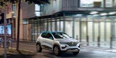 La Renault KZ-E, présentée au Salon de l'Auto, est le nouveau porte-étendard, dans le domaine de la voiture électrique, au sein de la marque au losange.