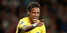 Neymar, la star du PSG, lors d'un récent match de Ligue 1. Avec sa nouvelle offre de foot, SFR compte doper son nombre d'abonnés télécoms.