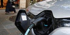 En combien de temps la voiture thermique, à commencer par la voiture diesel, sera-t-elle remplacée dans nos villes et nos territoires par un véhicule hybride ou électrique et bientôt autonome ? Et avec quels impacts sur les villes, services, systèmes et modèles ?