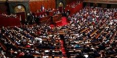 Le texte, qui a reçu le soutien des députés de la majorité présidentielle (La République en marche et Modem), a été adopté par 182 voix contre 52.