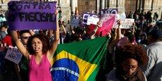 Manifestation contre le candidat à la présidentielle brésilienne Jair Bolsonaro.