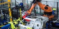 Une robotisation plus poussée permettrait des gains sur les coûts de fabrication de l'ordre de 10% à 20% hors matières premières. Ici, l'usine Renault de Dieppe (Seine-Maritime).