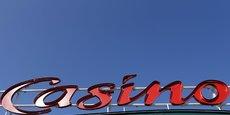 Casino va vendre des hypermarchés situés dans les communes de Castelnaudary (11), Saint Grégoire (35), Dole (39) Cholet (49), Anglet (64) et Castres (81).