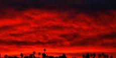 INCENDIE EN CALIFORNIE: LE BILAN S'ALOURDIT À 56 MORTS
