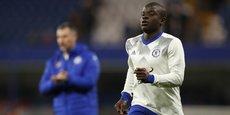 Le milieu de terrain français N'Golo Kanté sous le maillot de Chelsea.