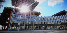 Depuis 2017, l'immeuble Delta Green à Saint-Herblain, dans la périphérie nantaise, est le premier bâtiment mixte qui fonctionne grâce à l'hydrogène.