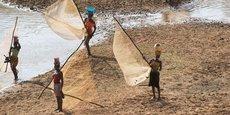 Le programme Kandadji est conçu autour du barrage de Kandadji, situé sur le fleuve Niger, à180 kilomètres de Niamey, la capitale, et à 60 kilomètres en amont de la frontière du Mali. Il s'agit, à cette étape, de poursuivre la réinstallation des populations qui seront affectées par la construction du barrage.