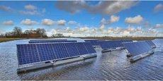 Depuis quelques années, de plus en plus de panneaux photovoltaïques sont déployés sur des bassins industriels ou des lacs d'anciennes carrières.