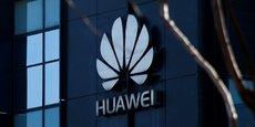 Huawei est le premier fournisseur au monde d'équipements de réseaux de télécommunications et le deuxième fabricant mondial de smartphones, avec un chiffre d'affaires d'environ 92 milliards de dollars (81 milliards d'euros) en 2017.