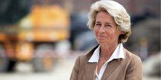 Caroline Cayeux est présidente de l'Agence nationale de la cohésion des territoires (ANCT) depuis sa création en janvier 2020. Elle est également maire (ex-LR, réélue avec le soutien d'En Marche) de Beauvais (Oise), présidente de la communauté d'agglomération du Grand Beauvaisis, et à ce titre patronne de l'association d'élus Ville de France.