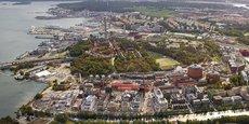 Le projet Stockholm Royal Seaport ambitionne de devenir le premier quartier zéro carbone en 2030. Les véhicules roulant aux énergies fossiles, notamment, y seront interdits.