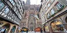 Une fusillade en plein centre-ville de Strasbourg, mardi soir, a fait au moins 3 morts et 12 blessés, dont 5 sont dans un état grave.