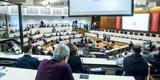 Discours d'introduction du forum de Lyon City Life dans la salle du conseil de la Métropole de Lyon