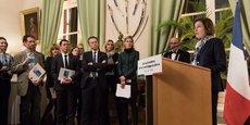 Florence Parly, la ministre des Armées, a annoncé les lauréats des labels Centre d'excellence en recherche stratégique de défense le 26 novembre 2018, à Paris.